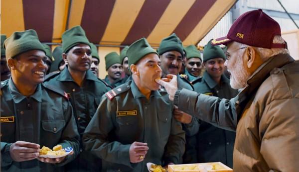 Modi with Jawans